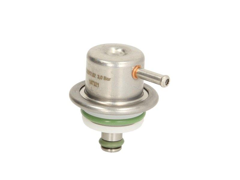 Zawór regulacji ciśnienia paliwa PIERBURG 7.22017.52.0 - darmowa dostawa do 5000 warsztatów Motointegrator Partner i 170 sklepów Inter Cars