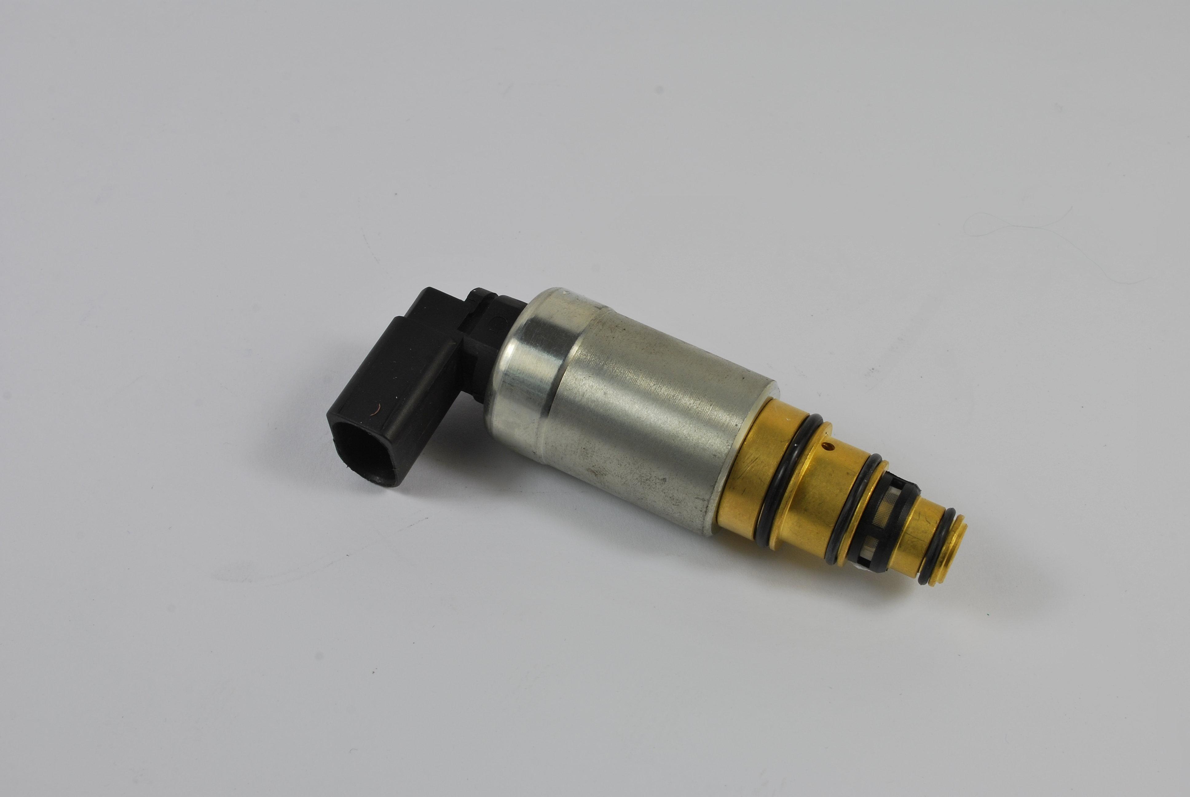 Zawór sterujący kompresora klimatyzacji THERMOTEC KTT060021 - darmowa dostawa do 5000 warsztatów Motointegrator Partner i 170 sklepów Inter Cars