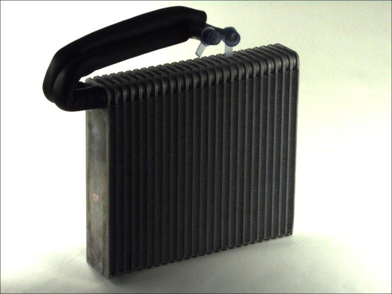 Parownik klimatyzacji THERMOTEC KTT150006 - darmowa dostawa do 5000 warsztatów Motointegrator Partner i 170 sklepów Inter Cars