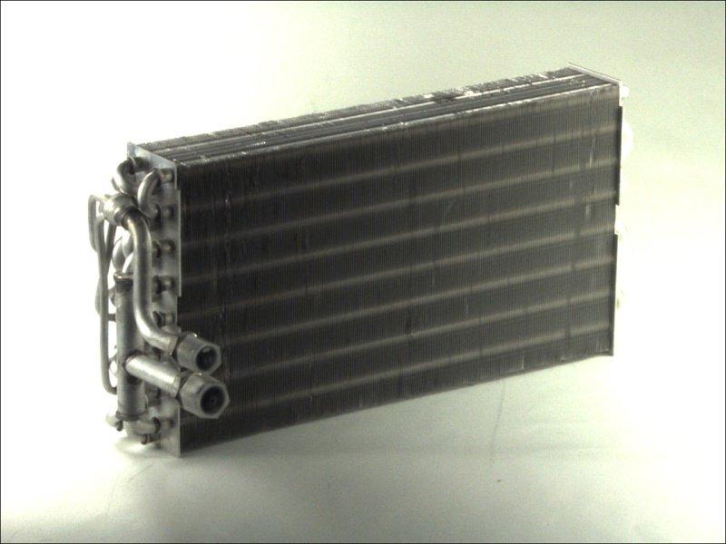 Parownik klimatyzacji THERMOTEC KTT150004 - darmowa dostawa do 5000 warsztatów Motointegrator Partner i 170 sklepów Inter Cars